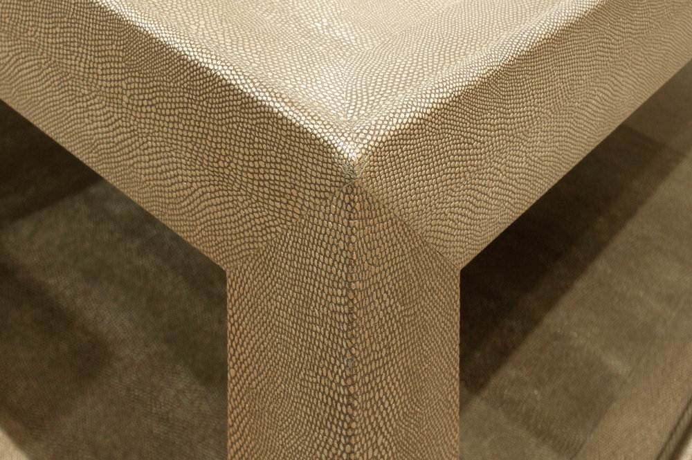Windsor 120 coffee table forssberg2 hires corner skin detail.jpg