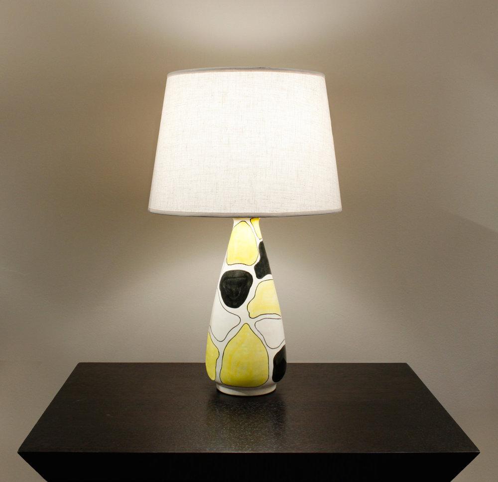 Italian 06  La Rinascente ceramic yllo+blk+wht tablelamp10 hires atm.jpg
