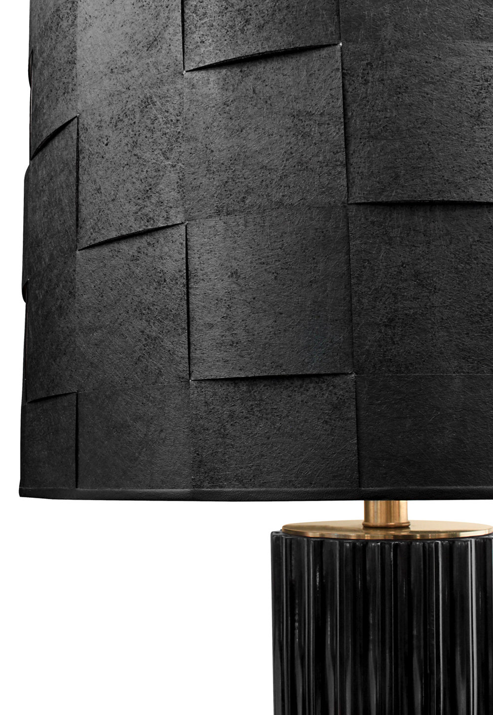 Mont 220 black blk+bronze legs tablelamps316 detail6 hires.jpg