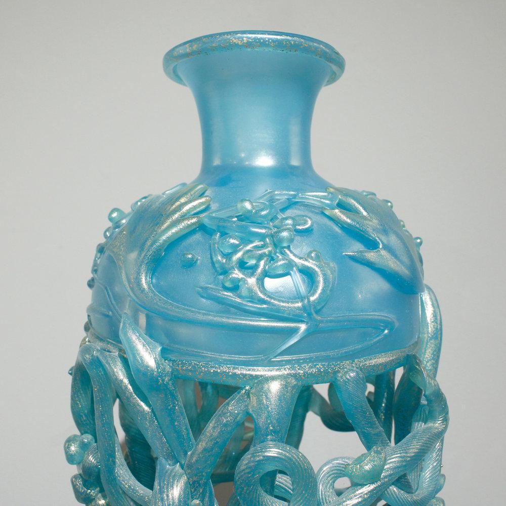 Nason 250 Ermanno blue masterpiece glass 64 top detail.jpg