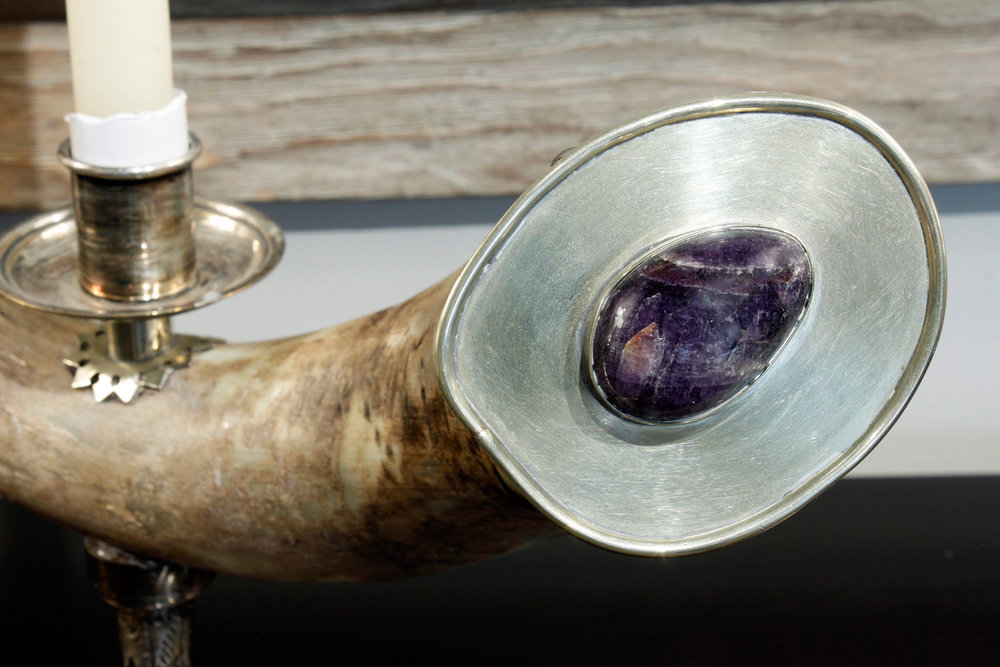 Redmile 80 horn+amethyst candle h accessory155 stone detail.jpg