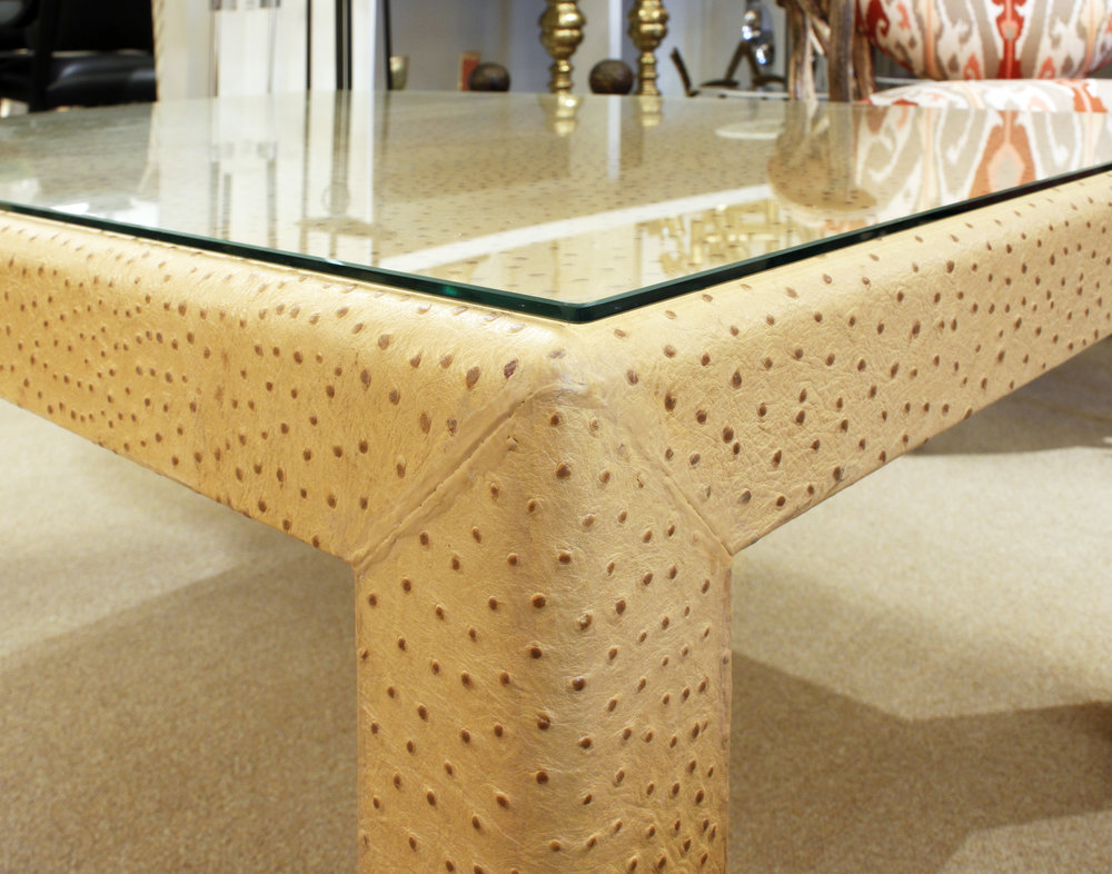 Springer 210 ostrich+glass top coffeetable232 corner detail.jpg