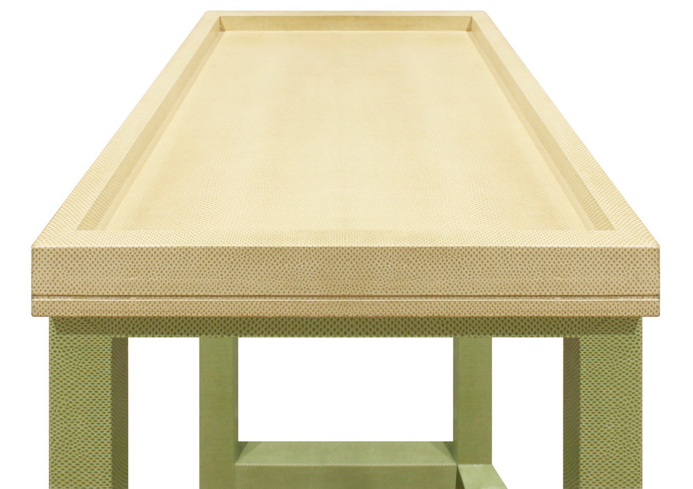 Task 40 Table Tray Karung snake forssberg6 side.jpg