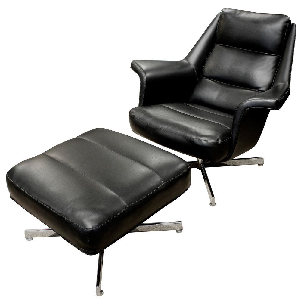 Tanier 65 blk vinyl chrome base chair&ottoman62 agl.jpg