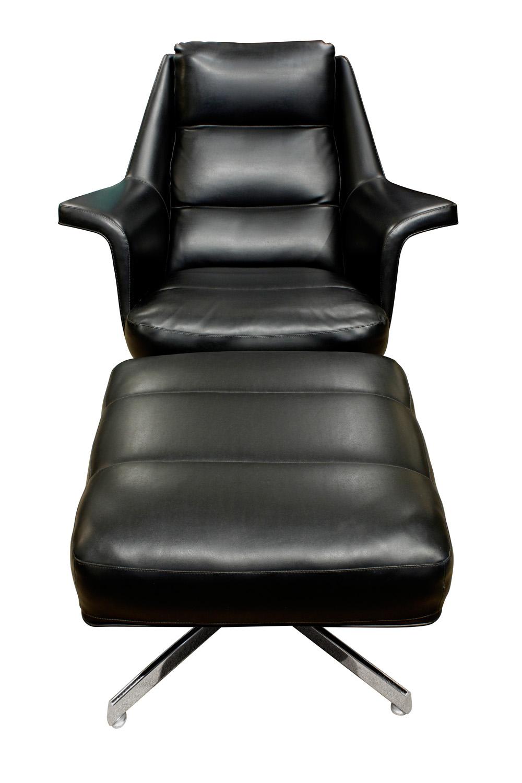 Tanier 65 blk vinyl chrome base chair&ottoman62 fnt.jpg