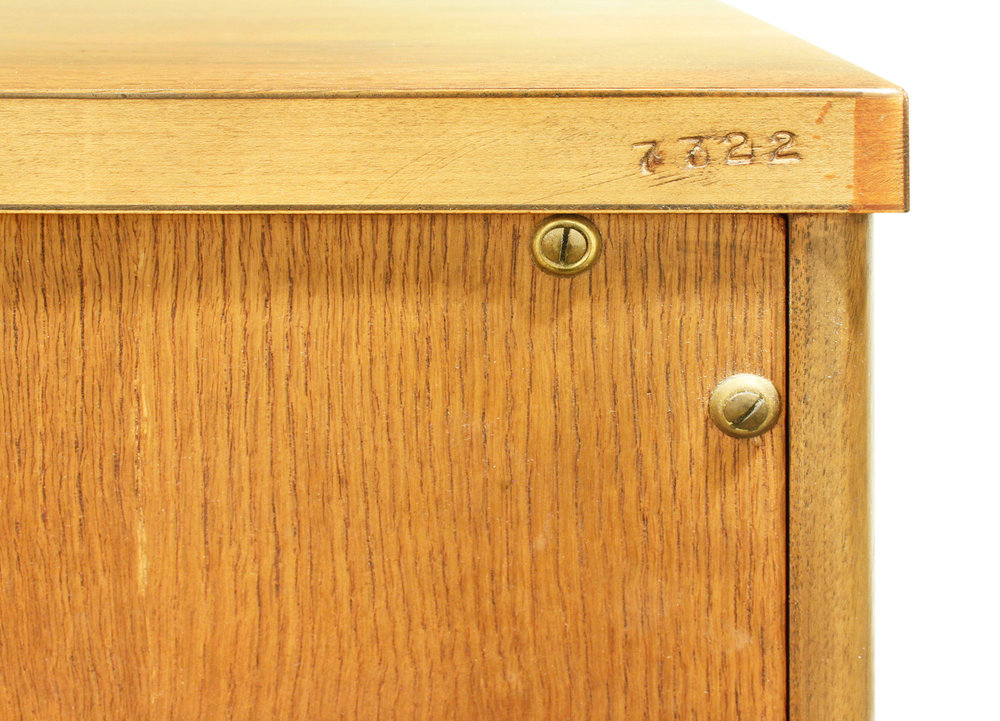 Widdicomb 65 tall chest chestofdrawers152 r num.jpg