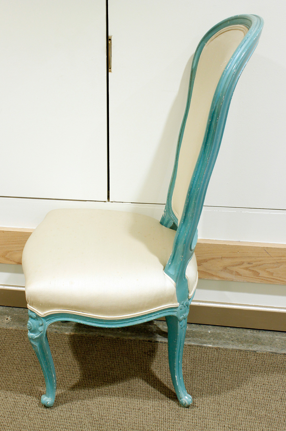 Auffray 120 blue lqr+silk diningchairs178 sde.jpg