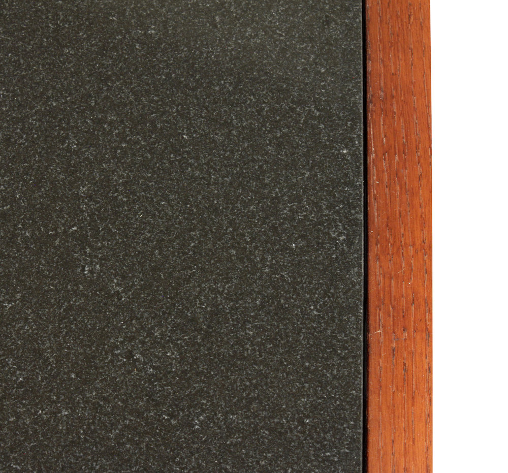 Baldwin 55 oak+blk granite endtable175 top dtl.jpg