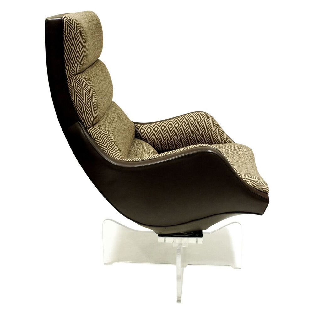 Kagan 200 Hi Bk Contour Swivel loungechairs164 side.jpg