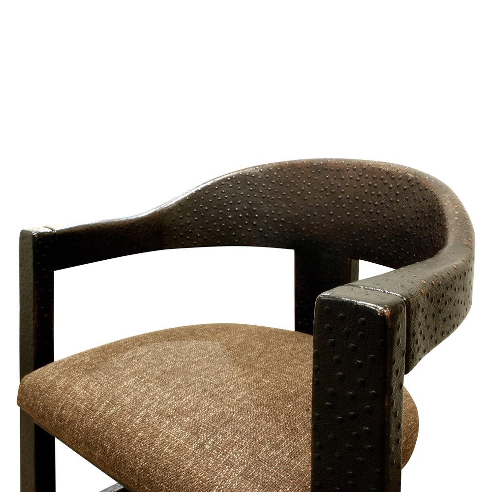 Springer 180 Onassis set4 emb ostr diningchairs184 cnr dtl.jpg