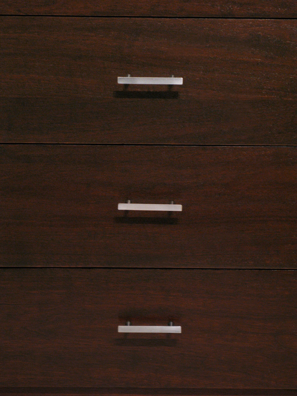 McCobb 55 walnut+alum four drwr nightstands65 pulls detail hires.jpg