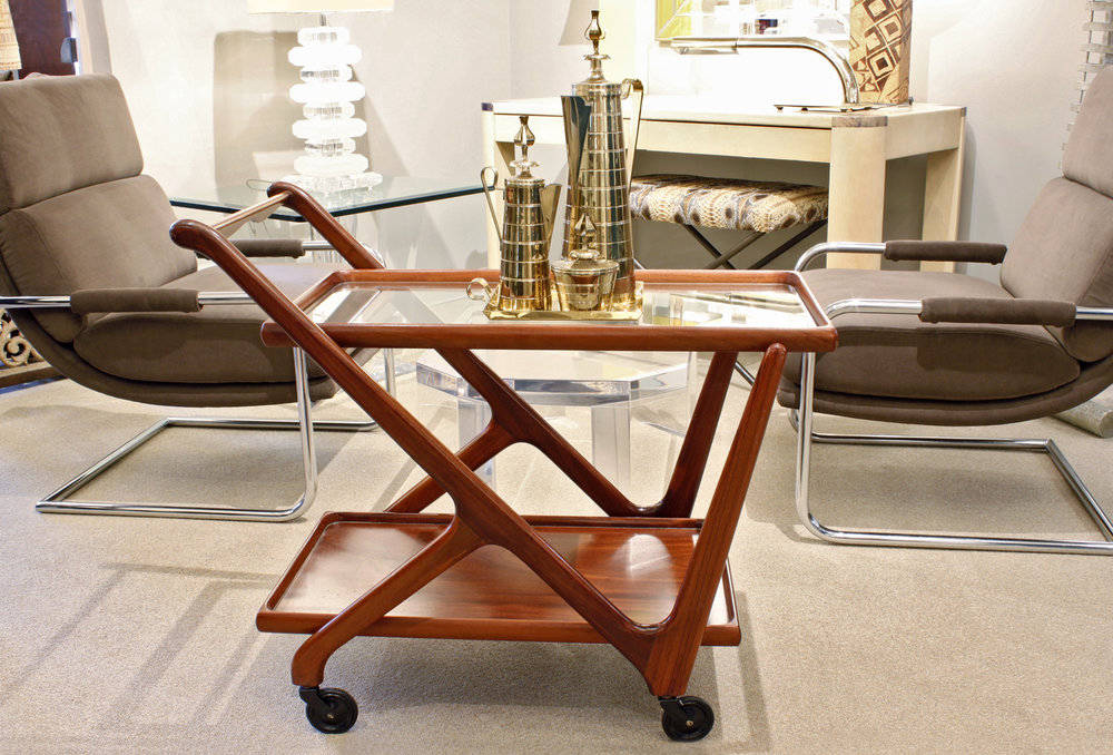 Lacca 35 mahogany+glass servingcart22 atm.jpg