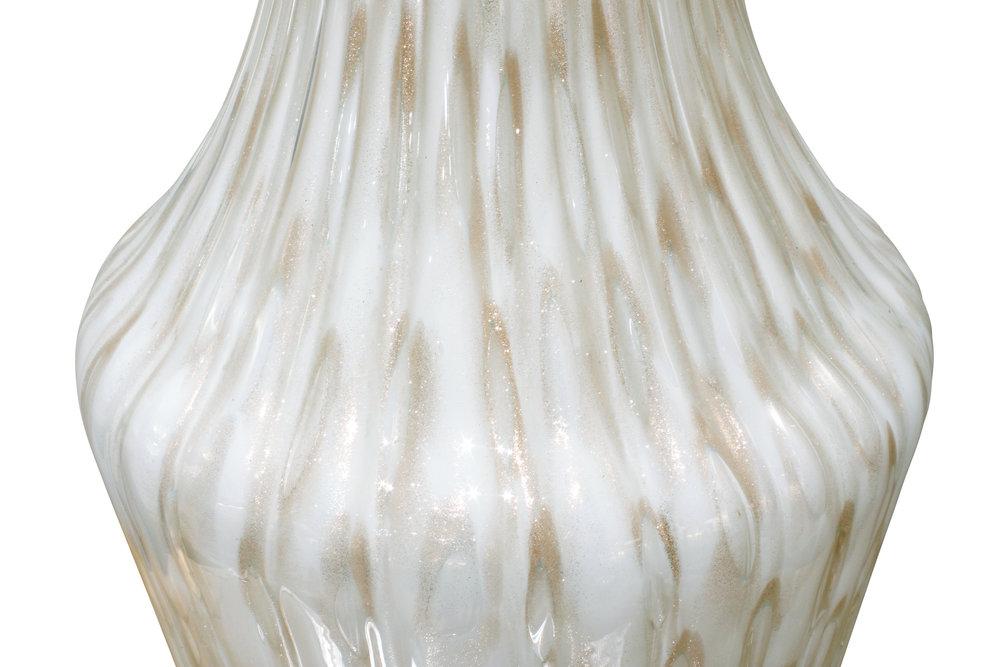 Murano 45 white controld bubb avv tablelamp118 dtl.JPG