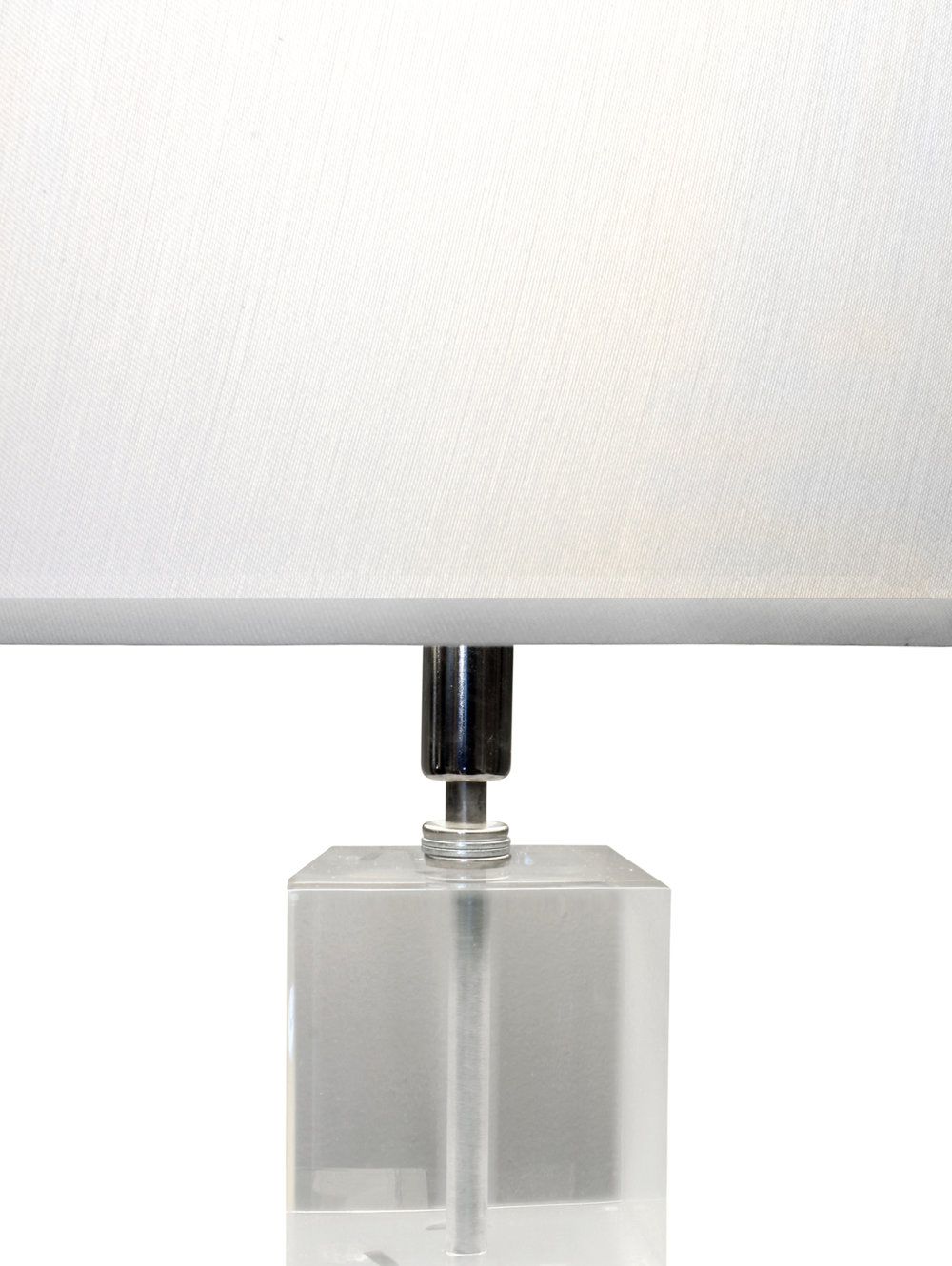 Prismatiques 35 lrg sculpt tablelamp top dtl tablelamp139.jpg