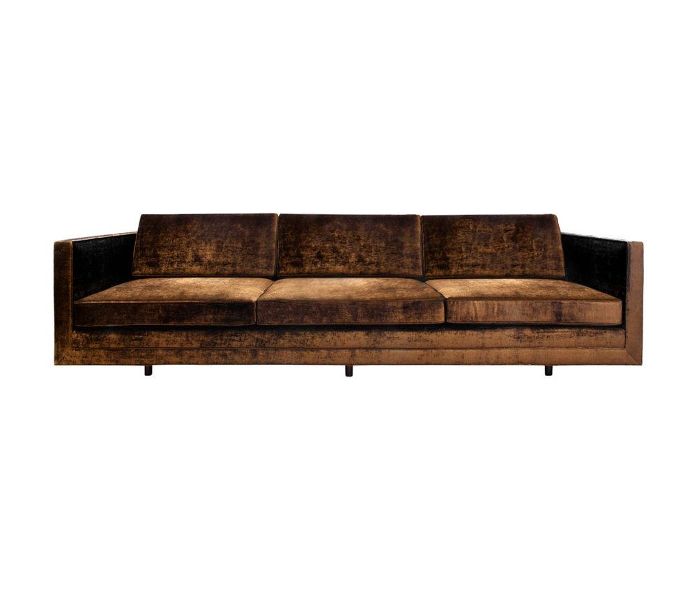 Probber 150 boxy mahog legs 1x sofa91 main.jpg