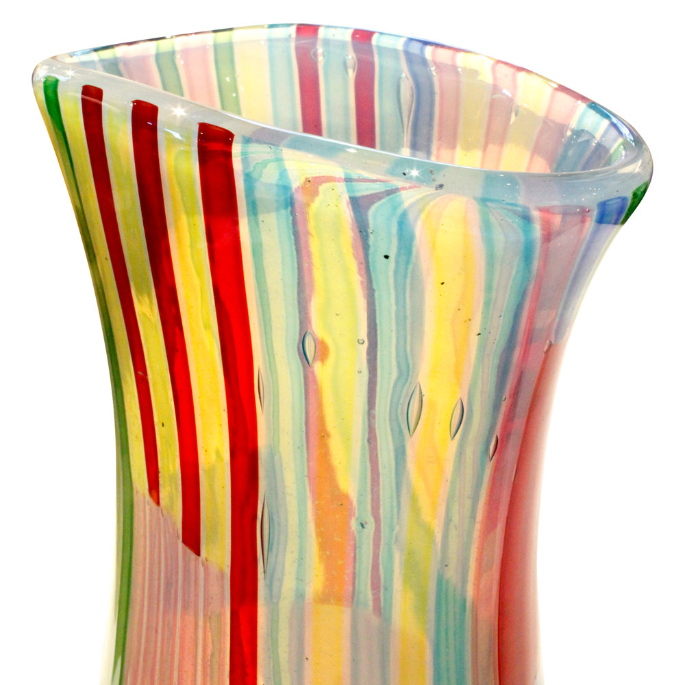 Fuga 250 lrg colorful rod Bandiere vase fuga100 dtl.JPG