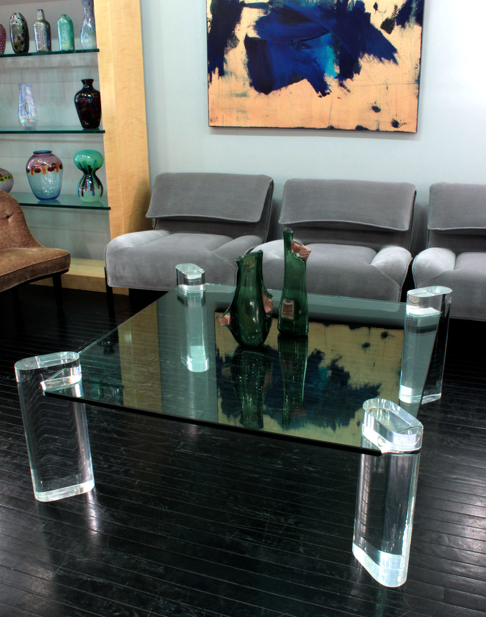 Springer 85 4 lucite legs coffeetable287 env hires.jpg