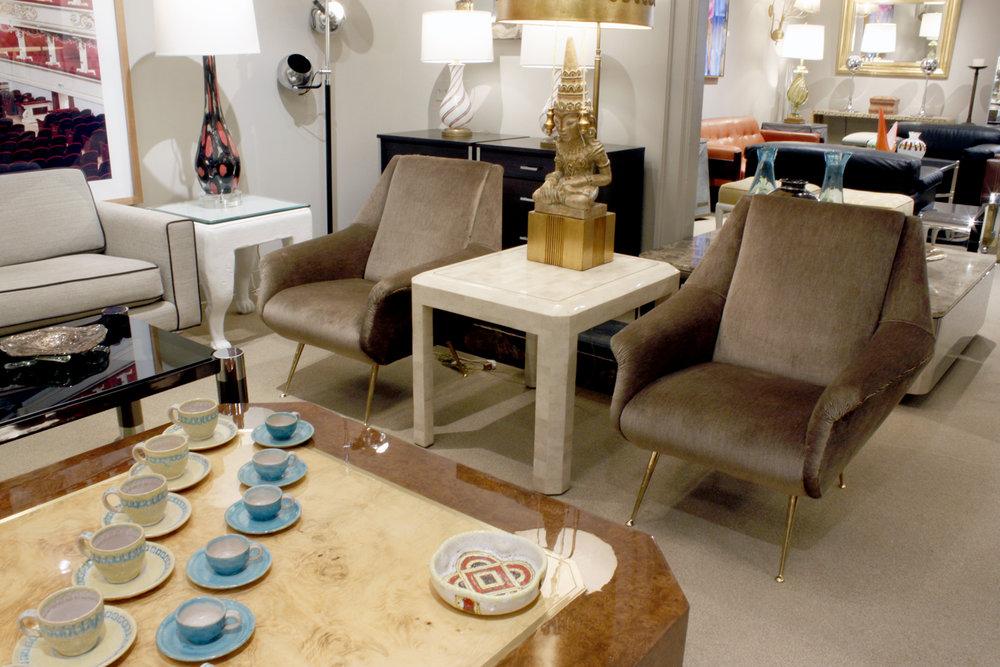 de Carli 120 sculptural brass legs loungechairs175 atm.JPG