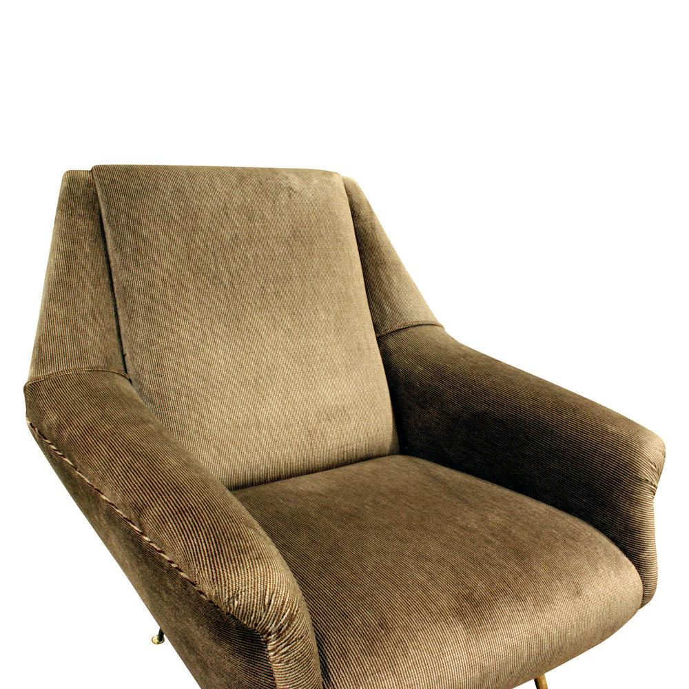 de Carli 120 sculptural brass legs loungechairs175 dtl.JPG