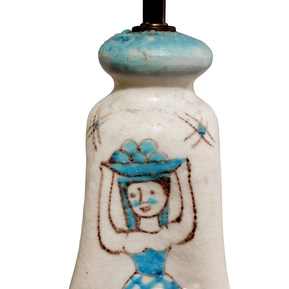 CAS 35 Vietri figural ceramic tablelamp266 dtl7.jpg
