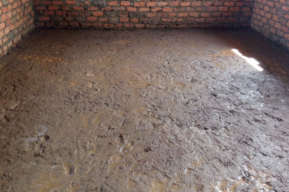 Cementing the floors and plastering the walls in the secondary school took place in February/March 2016. This desperately needs to be done in the dormitory building as well.