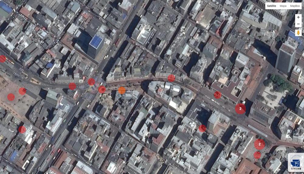 Fig. 5 Imagen tomada de  http://www.cartophonies.fr/ , al explorar en el mapa los espacios públicos de Bogotá. Cada círculo rojo contiene un registro sonoro del ambiente urbano del lugar específico.
