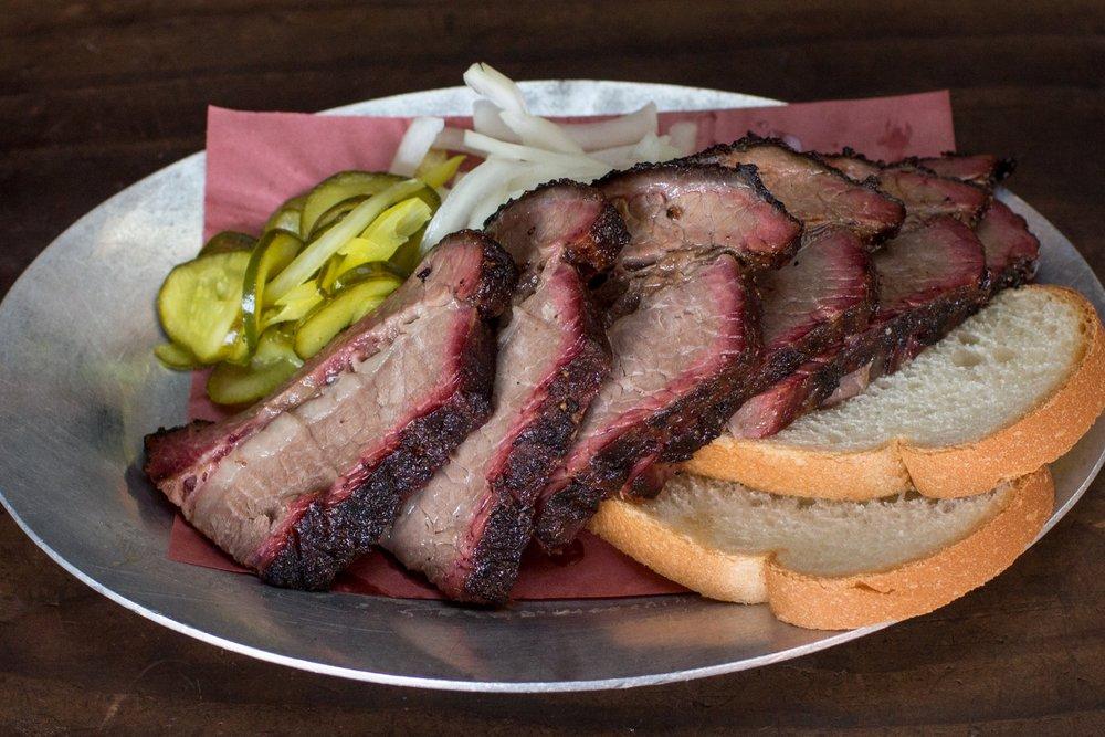4505 Meats_brisket plate_2880x2304.jpg