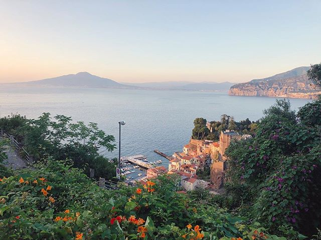 Golden hour in Sorrento 🇮🇹. A week well spent with the three Ps (Peroni, 🍺 Pizza 🍕Pasta🍝)