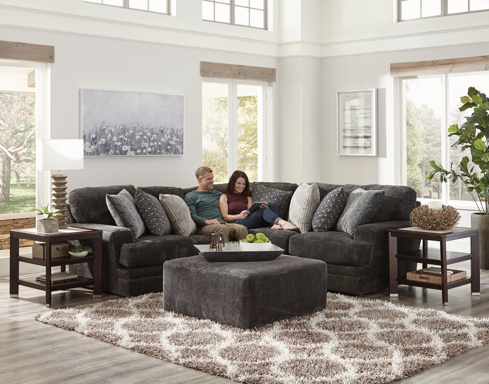 Mammoth Sectional by Catnapper