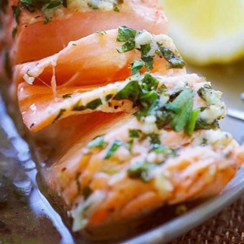 You can always count on our Fish Market to bring you fresh Alaskan Salmon! We recommend adding these ingredients to your salmon for a simple yet delicious result ·  Lemon ·  Garlic powder ·  1 tsp Black pepper, fresh ground ·  2 tbsp Brown sugar ·  1/2 tsp Garlic salt ·  1 tsp Paprika ·  1/2 tsp Red pepper flakes ·  1 tsp Sea salt #sea #fish #fishmarket #seafood #shellfish #market #delivery #tilapia #tuna  #lobster #shrimp #clams #crab #bass #salmon #clamweek #food #foodie #recipe #eatmorefish
