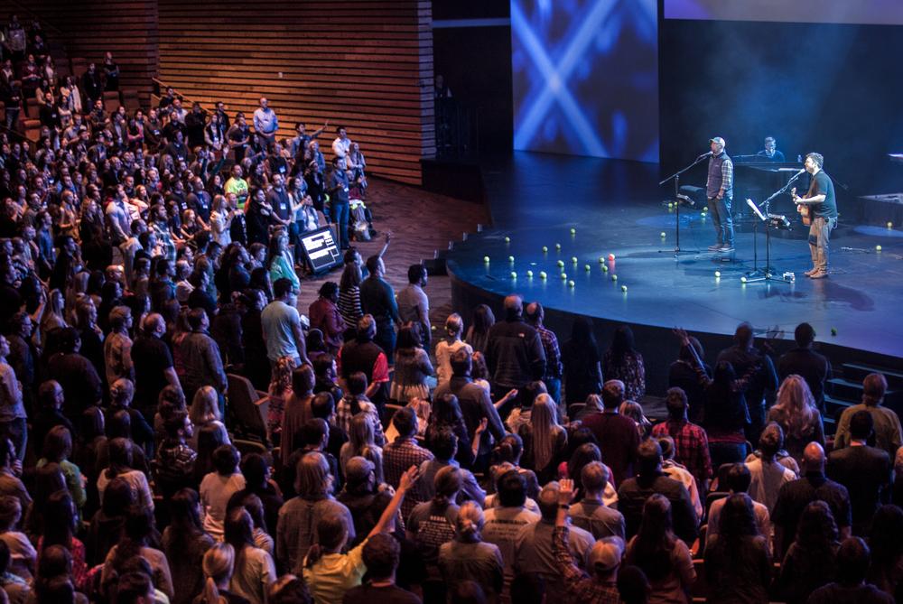 Linger_Conference_2015-Worship-582-Edit.jpg
