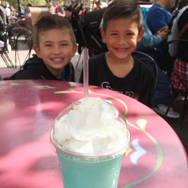 Cotton candy frozen lemonade with my sis & nephews is definitely the #happiestplaceonearth. #disneyday #maximusandbexton