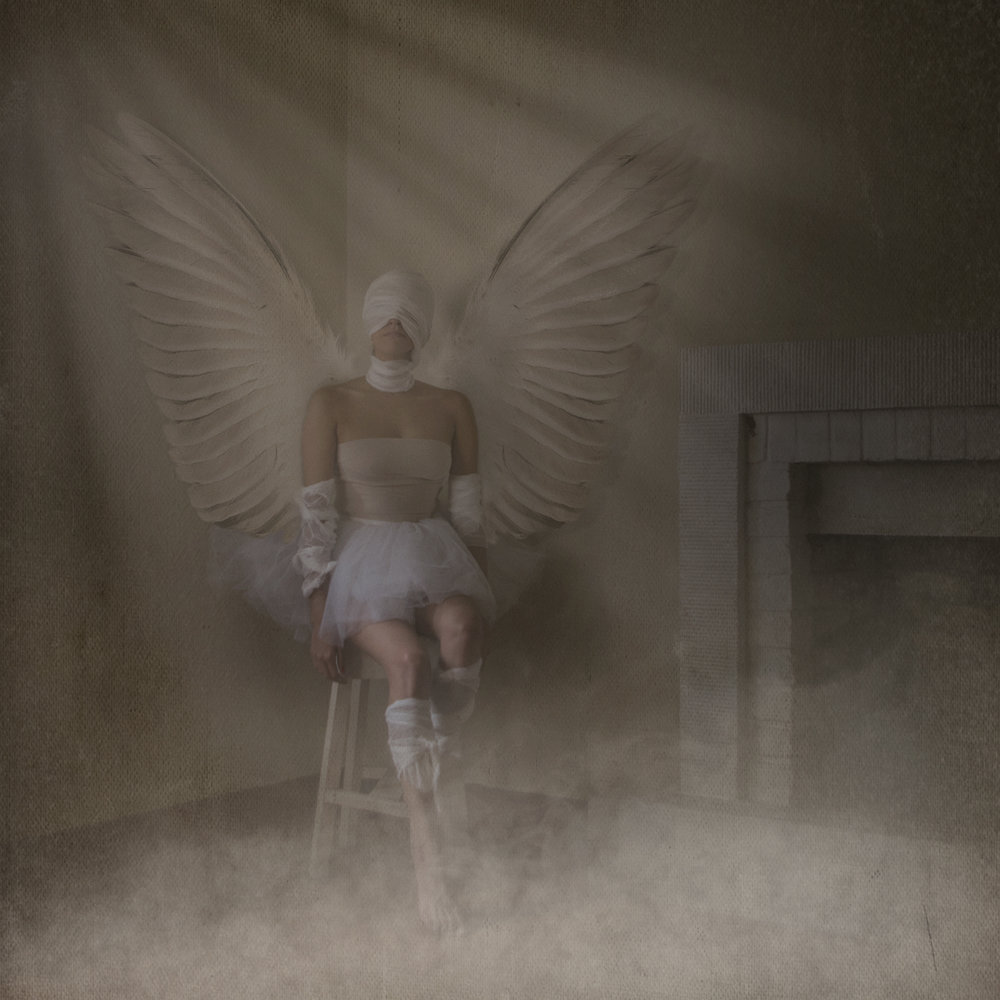 rociovillanueva angel chimenea 72.jpg