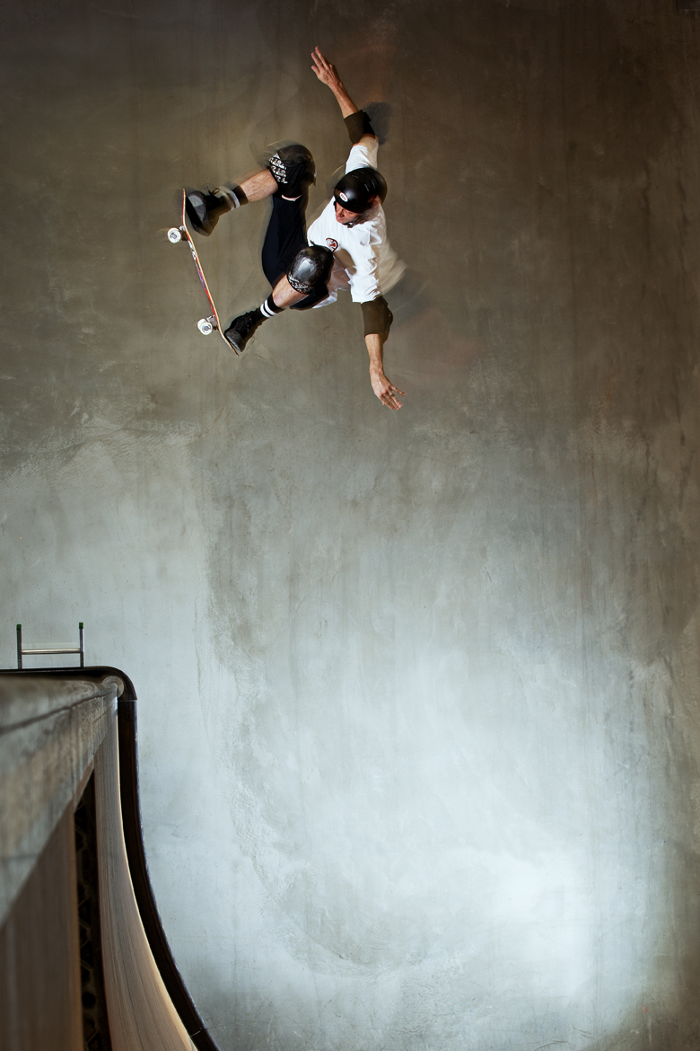 Tony Hawk - ollie fakieRT-LOW.jpg