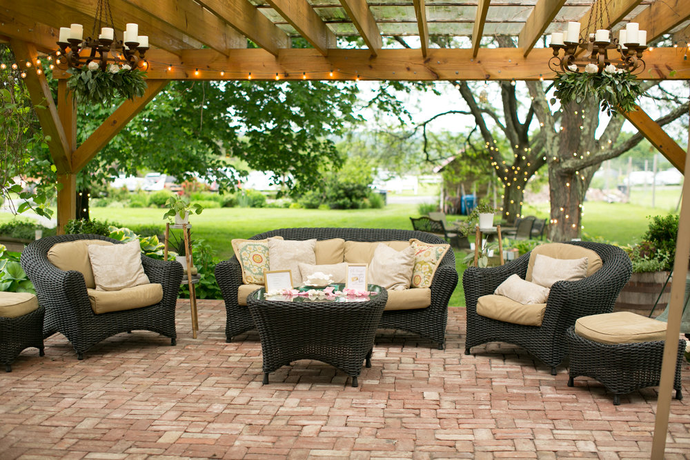 loungefurniture- arbor- turnquistphoto-.jpg