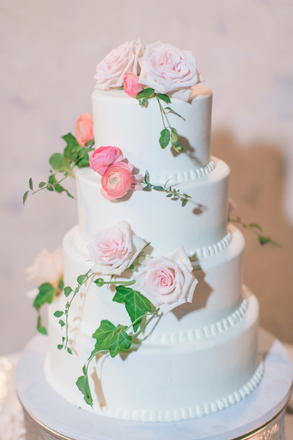 CassiClaire_wedding cake.jpg