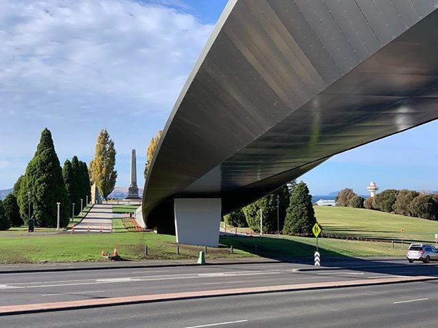 #tasmanhighway #memorialbridge #bridgeofremebrance #hobart @dentoncorkermarshall #BPSM #architects @aruparchitects