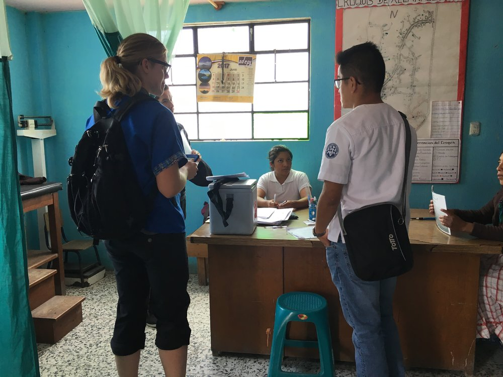 Conducting a survey at a centro de salud in Tierra Colorada Baja