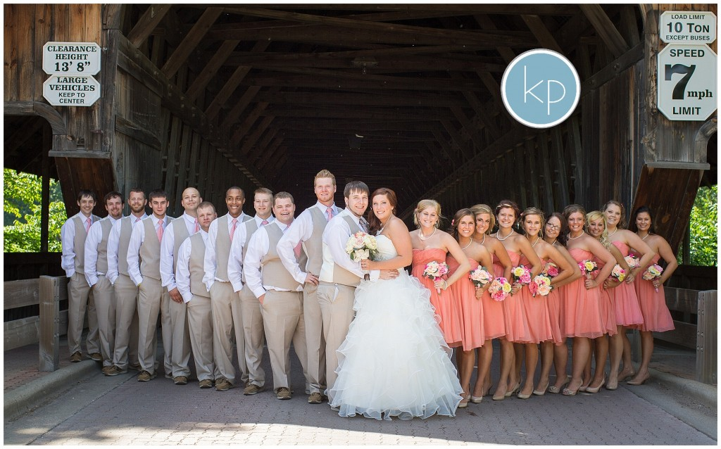 Large bridal party, Huge bridal party pose