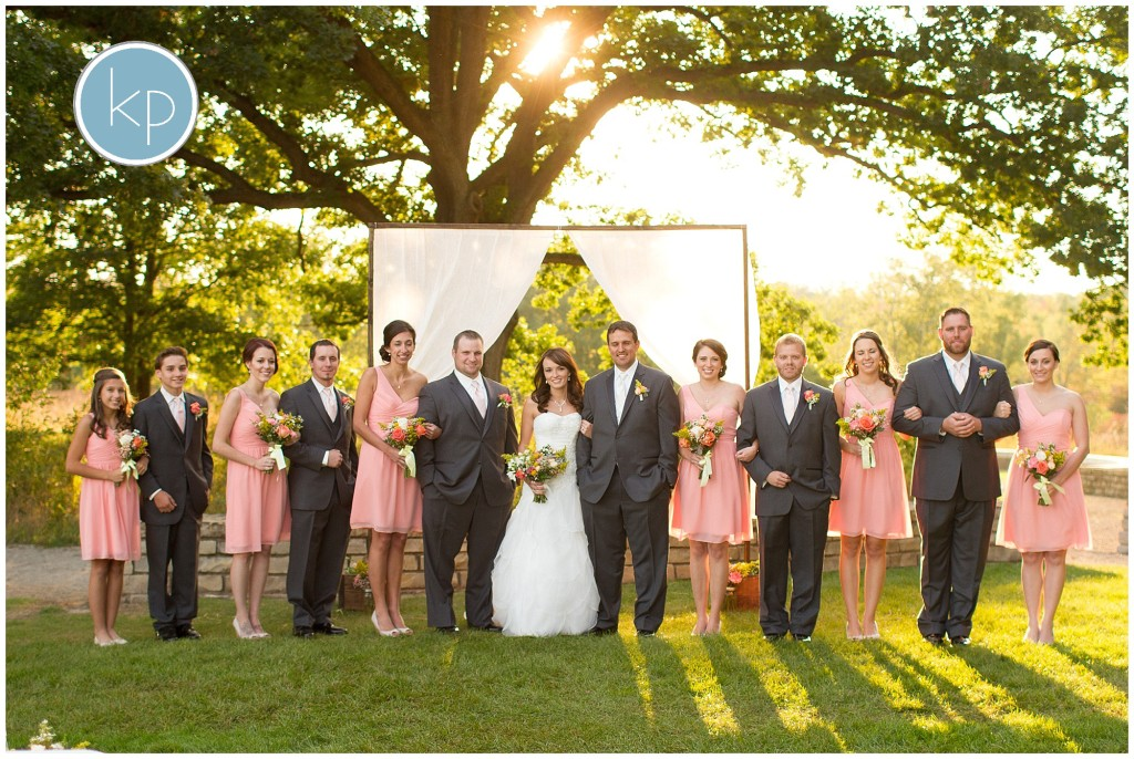 Bridal party pose, pink and grey wedding