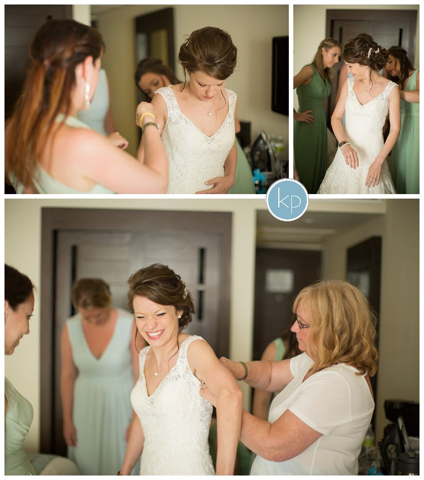 bride getting ready, mother of bride helping