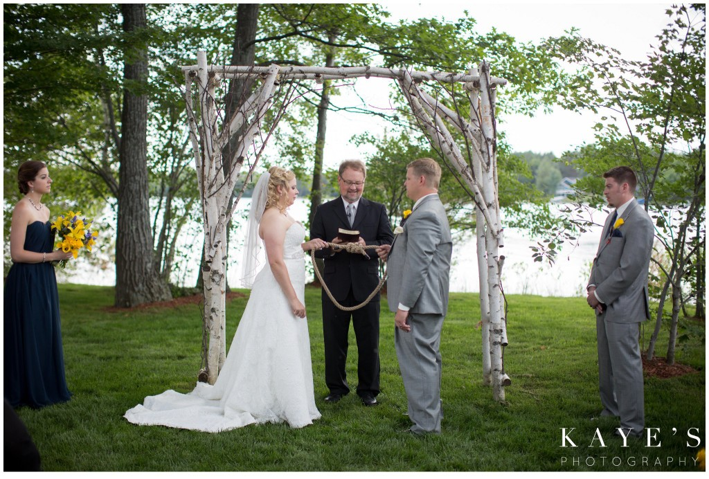 tying the fishermens knot