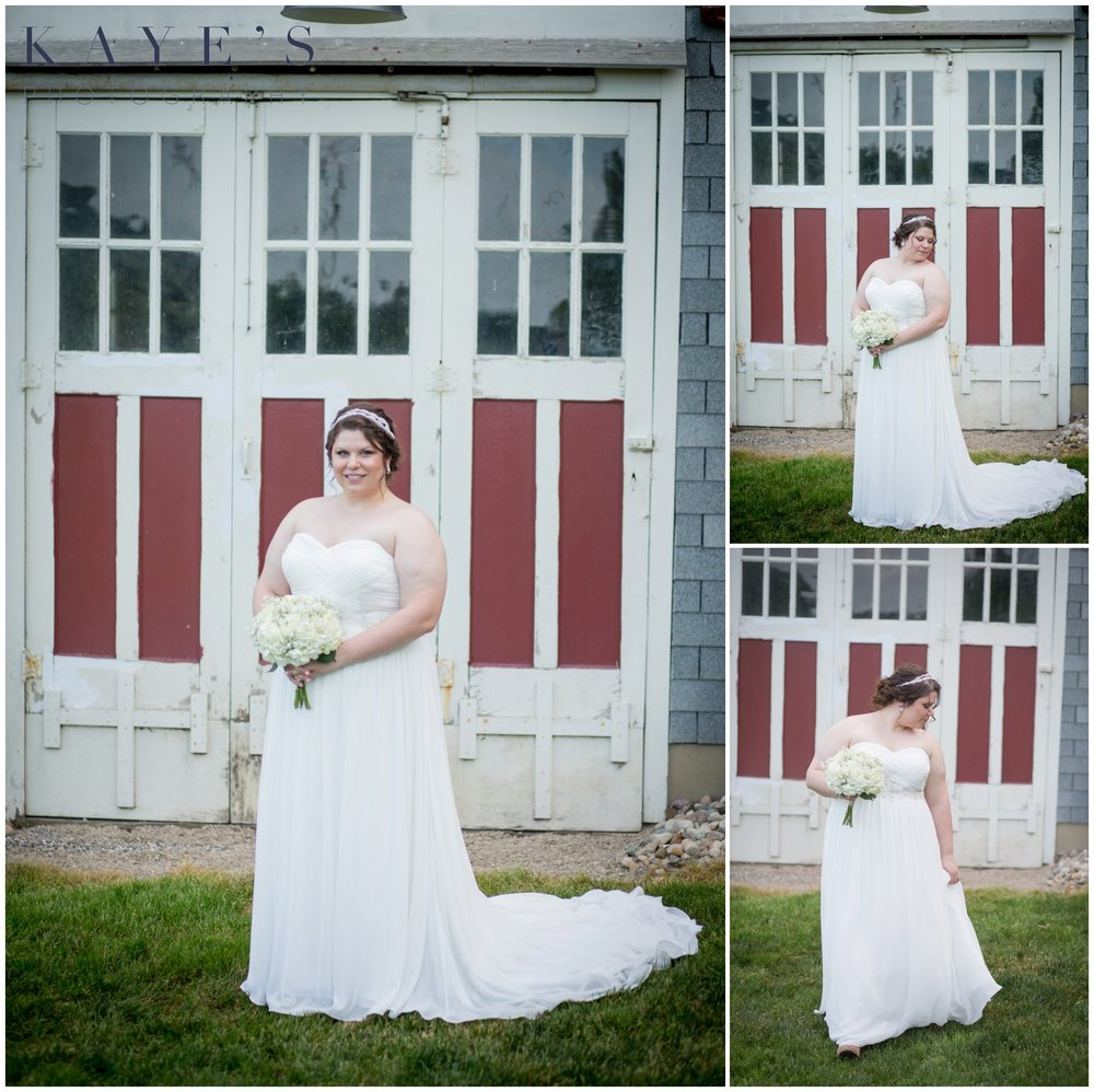 Hudsonville Michigan Wedding Photographer, Hudsonville Michigan Wedding Photography, The Old Wooden Barn Hudsonville Michigan Wedding photography, bride posing, bride by herself, barn wedding, bride in front of barn