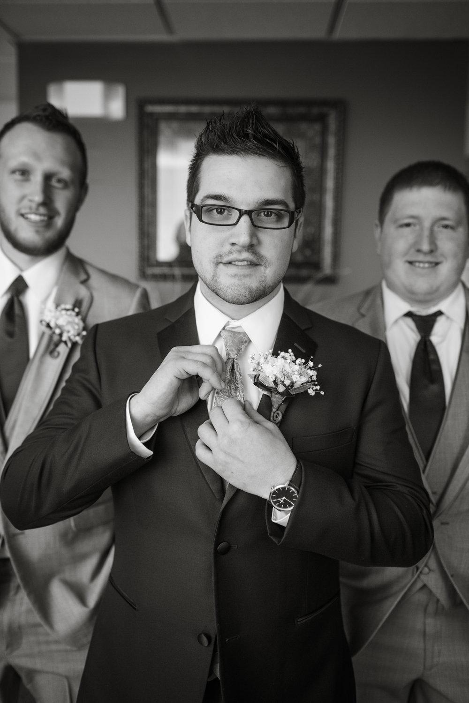 groom-portraits-on-wedding-day