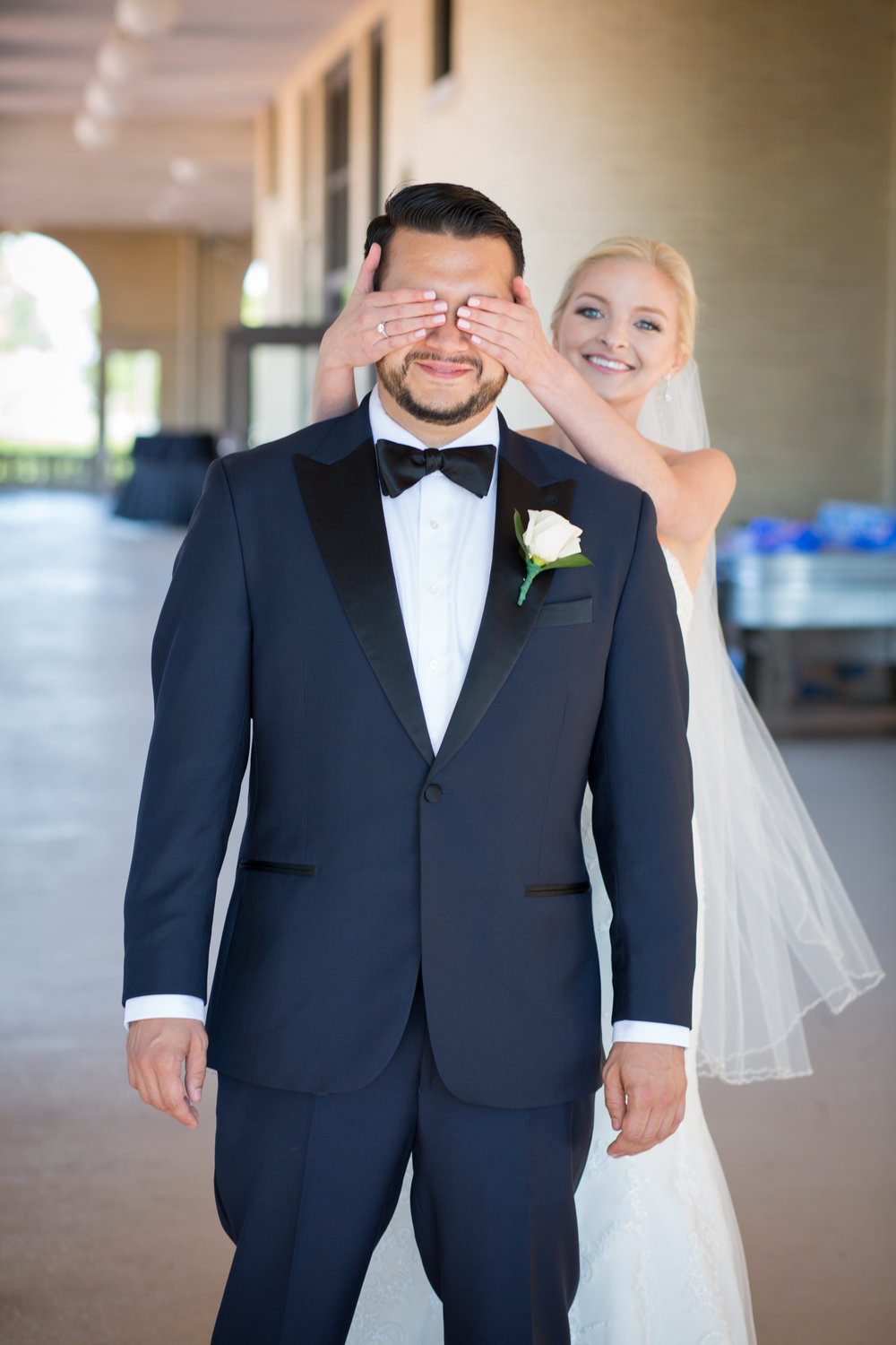 first-look-bride-covering-eyes-of-groom-detroit-michigan-photographer