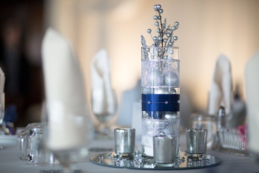 table décor at a winter wedding in grand blanc michigan
