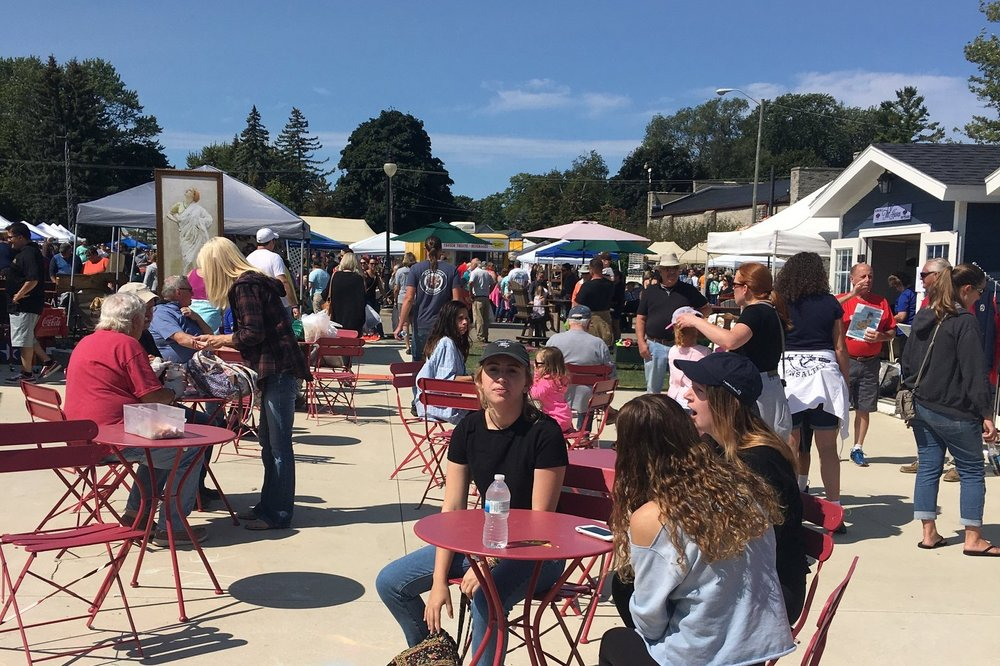 Village Green - The Village Green is home to the Port Austin Farmers Market, Pop up shops, and live music!