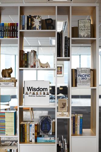 Hachette_9.jpg