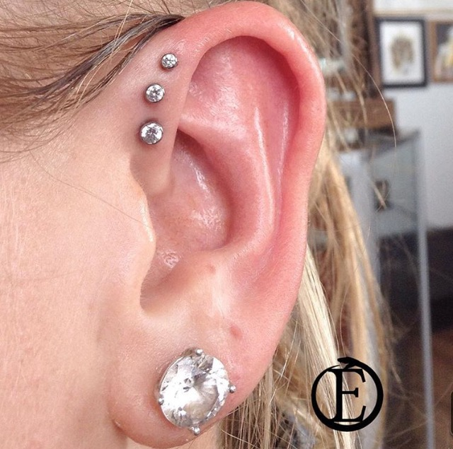 triple-forward-helix-piercing-1.PNG