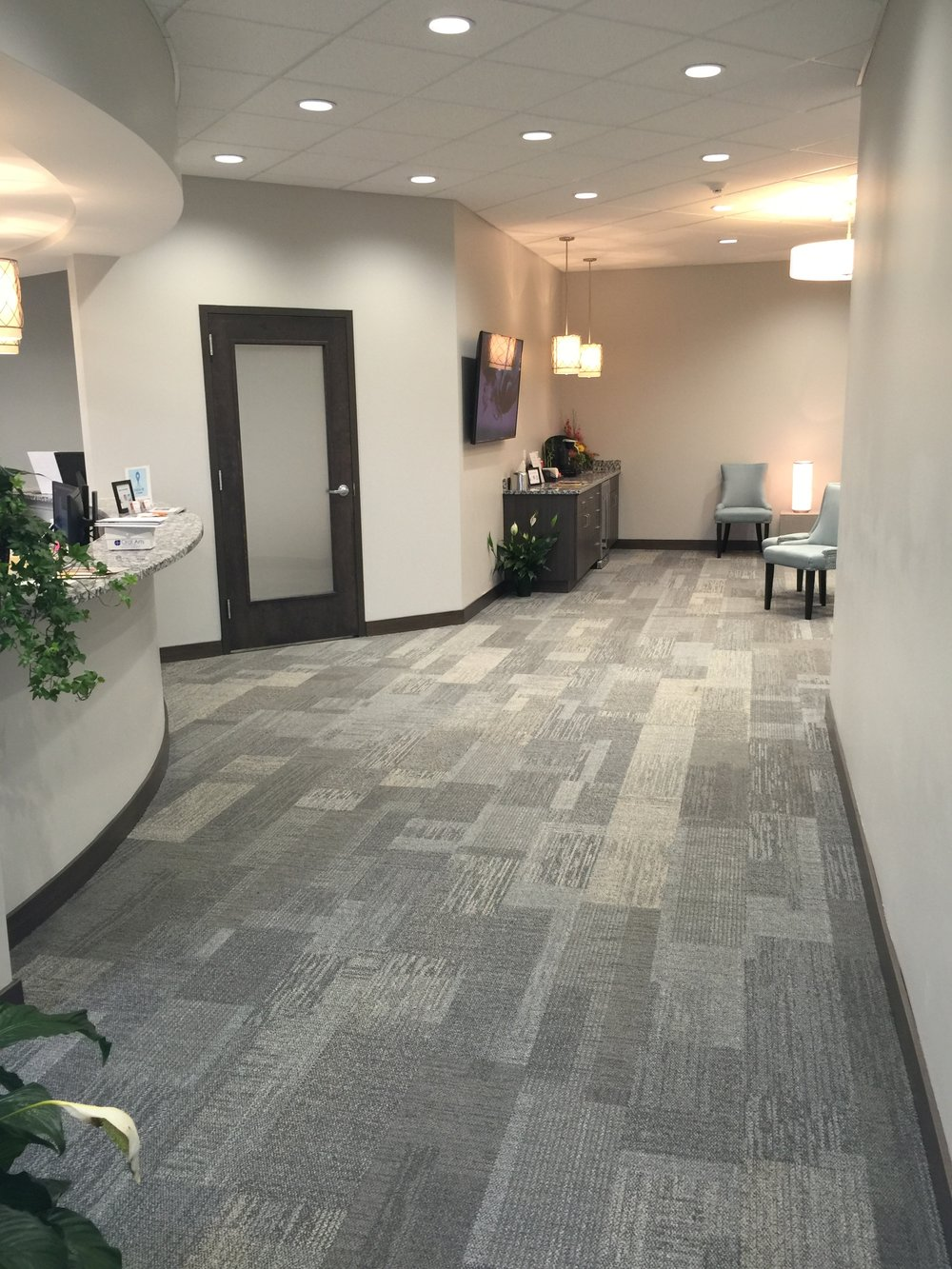 summitfamilydental_lobby-1.JPG